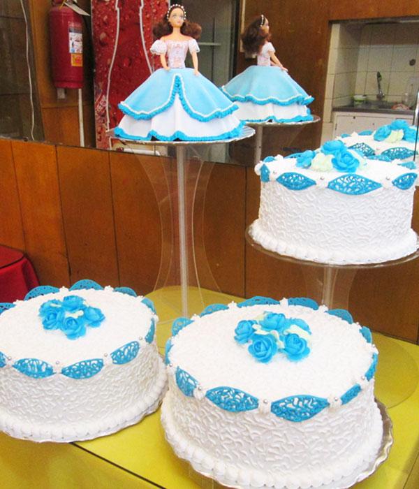 arequipa Tortas especiales ceremonias quince años