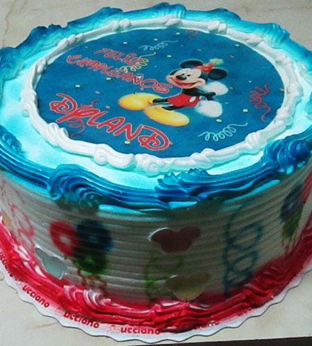 torta especial arequipa para niña foto mickey mouse