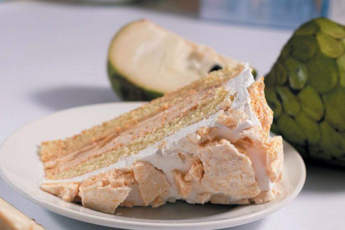 torta chirimoya arequipa