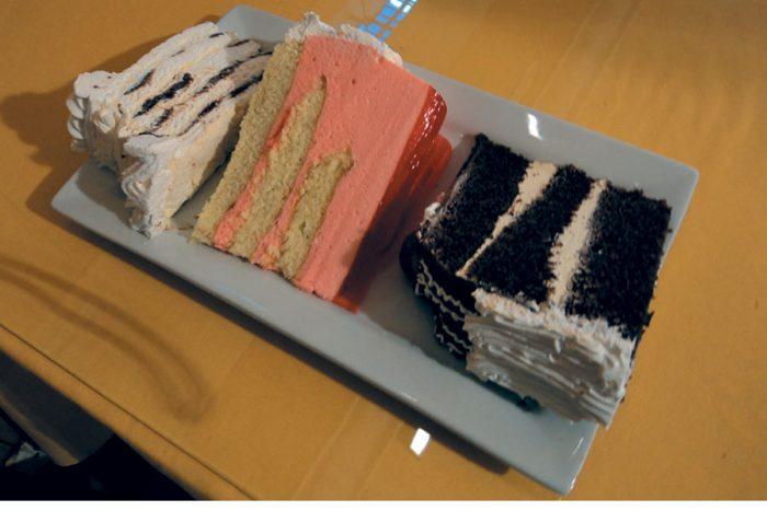 porciones torta arequipa