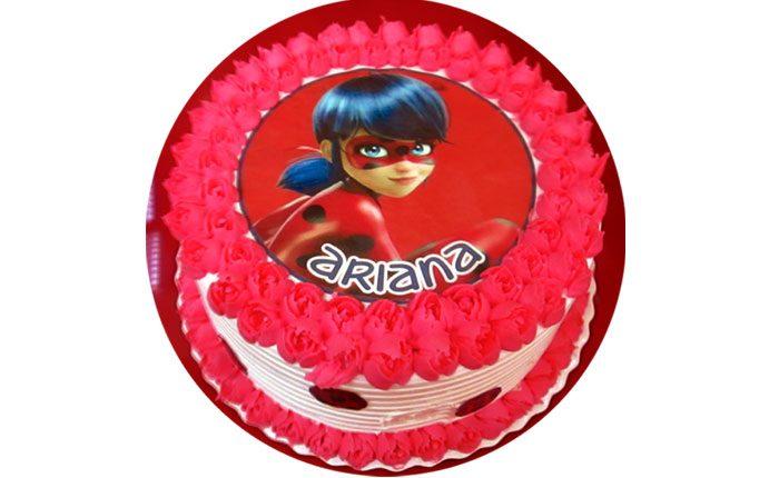 tortas especiales super heroes ladybug